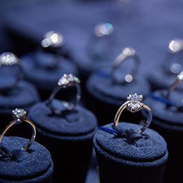 Jewellery & Precious Metals